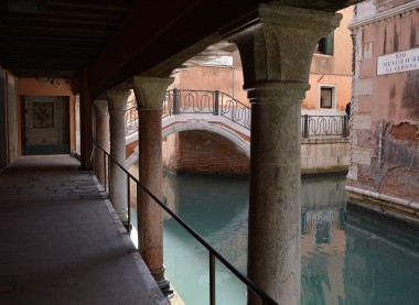 Canal & bridge of Venice